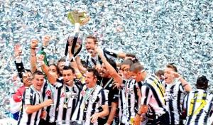 Juventus, campeón de Liga y de Supercopa