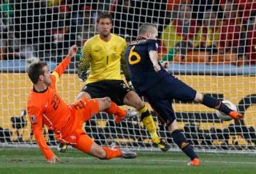 andres iniesta gol final mundial sudafrica 2010