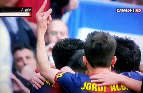Jordi-Alba-en-el-festejo-del-gol-de-Messi_480_311
